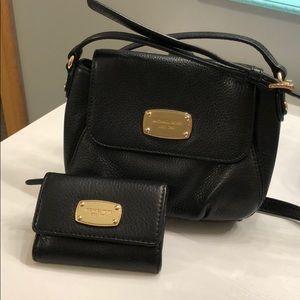 Leather Michael Kors Crossbody Purse & Wallet